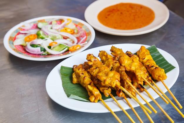 Receita de comida de rua tradicional tailandesa