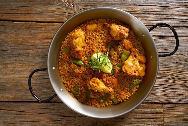 Receita de paella de frango para dois da espanha
