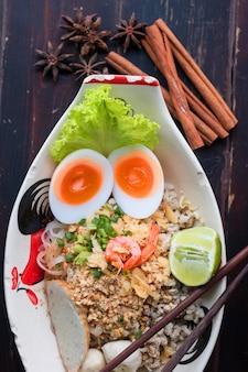 Receitas antigas de macarrão da tailândia