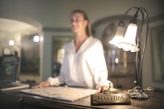 Recepção de um hotel
