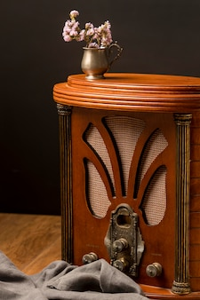 Receptor de rádio de luxo retrô
