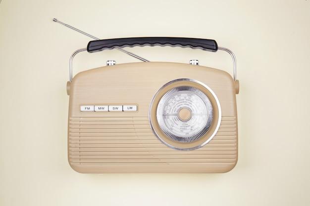 Receptor de rádio retro
