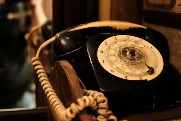 Receptor de telefone clássico e antigo