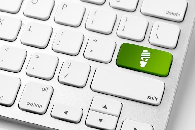 Reciclar o ícone no teclado do computador para o conceito de genn engery