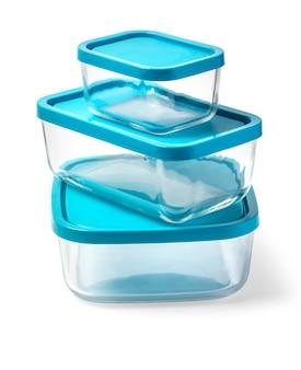 Recipiente de vidro para alimentos isolado no fundo branco com traçado de recorte