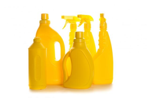 Recipiente plástico de produto de limpeza para casa limpa em branco
