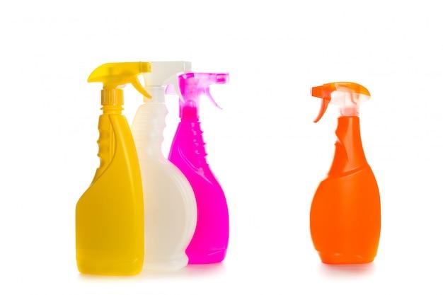 Recipiente plástico do produto de limpeza para a casa limpa no branco