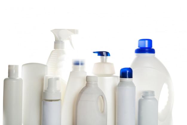 Recipientes de plástico para produtos de limpeza