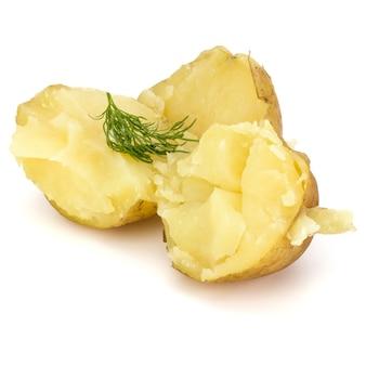 Recorte isolado de batatas descascadas cozidas