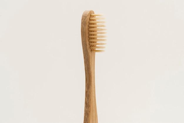 Recurso de design de escova de dente de bambu natural