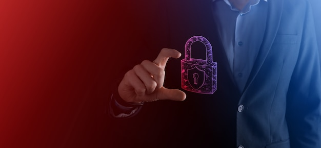Rede de segurança cibernética. ícone de cadeado e redes de tecnologia de internet. empresário protegendo informações pessoais de dados no tablet e na interface virtual. conceito de privacidade de proteção de dados. gdpr. eu.