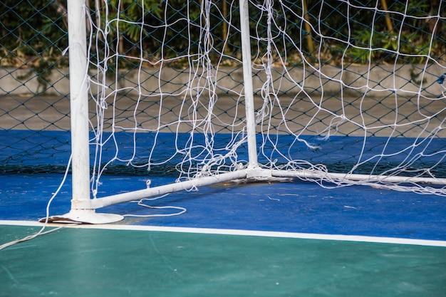 Redes de golos futsal no campo de futsal.