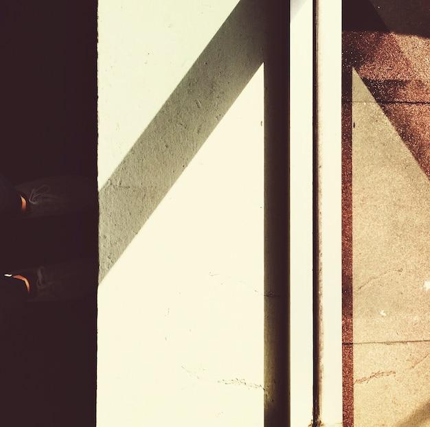 Reflexo da luz do sol no vidro