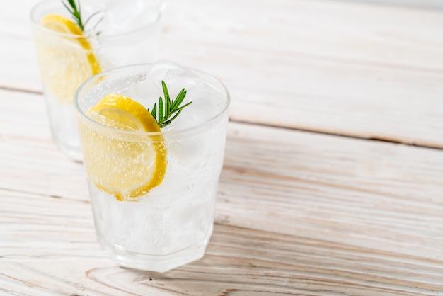 Refrigerante de limonada gelada