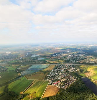 Região de moscow. vista do avião. vista aérea da região de moscou.
