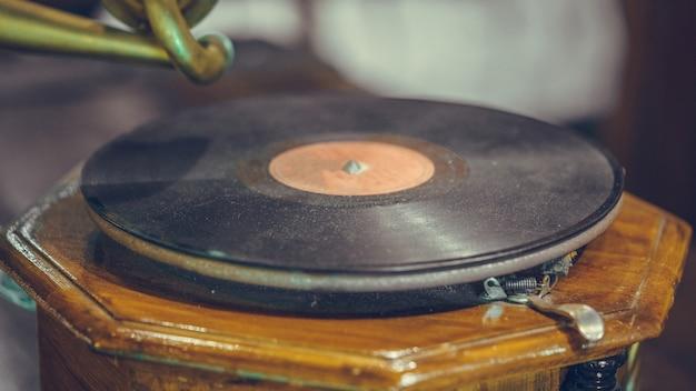 Registro de música de vinil preto velho