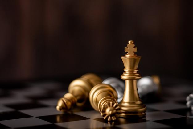 Rei do ouro é o vencedor no jogo