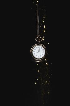 Relógio de bolso com brilhos
