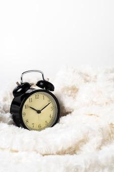 Relógio vintage com lã