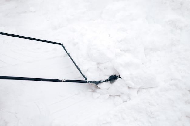 Remoção de neve com pá