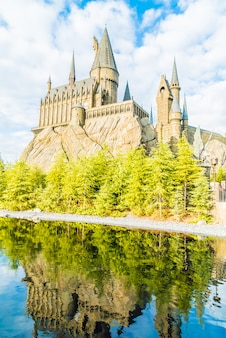 Réplica da escola de bruxaria de hogwarts castle and wizardry