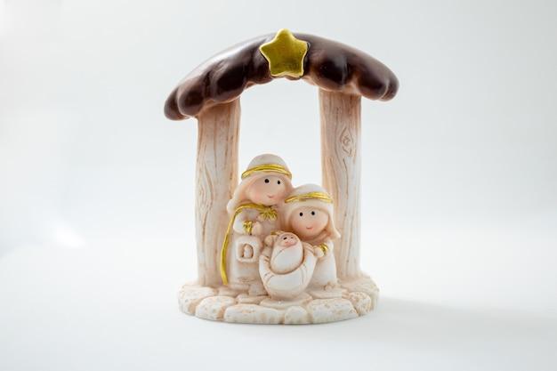 Representação de um presépio de natal com as figuras