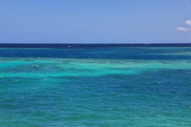 Reserva natural de rosário no mar do caribe perto de cartagena, colômbia