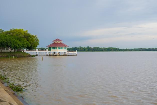 Reservatório huai sanuang surin