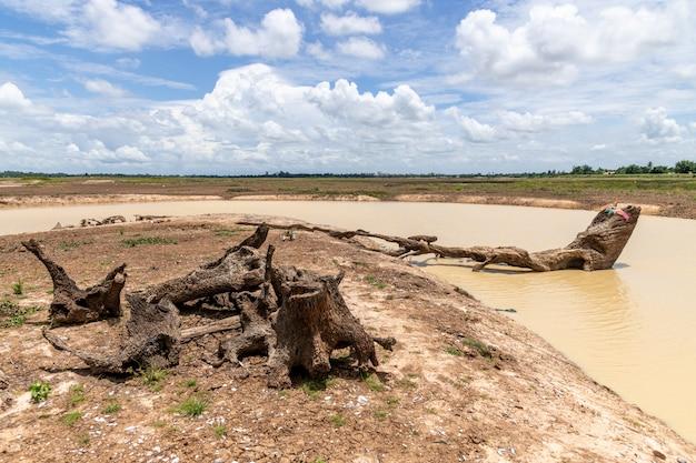 Reservatório huay saneng