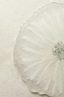 Resina epóxi em fundo branco
