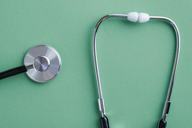 Ressonador e tampões para os ouvidos do estetoscópio