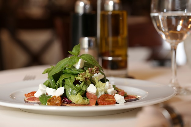 Restaurante com menu delicioso