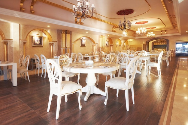 Restaurante de luxo novo e limpo em estilo europeu. hotel de luxo amara dolce vita. recorrer. tekirova-kemer. peru