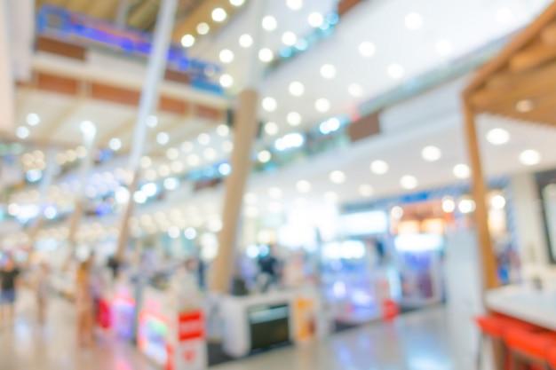 Resumo borrão pessoas no centro comercial