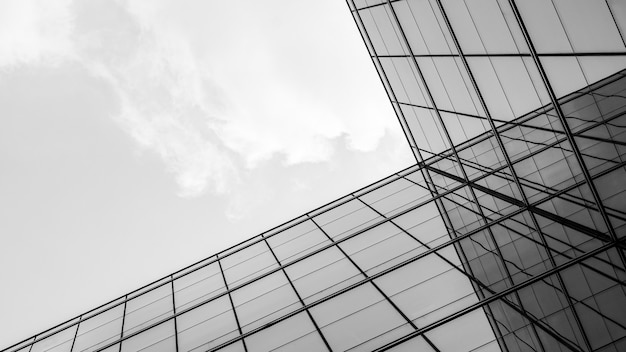 Resumo da arquitetura da geometria na janela de vidro.