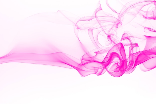 Resumo de fumaça rosa linda no fundo branco
