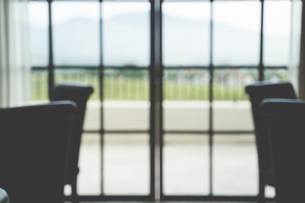 Resumo desfocar fundo verde branco da janela do escritório