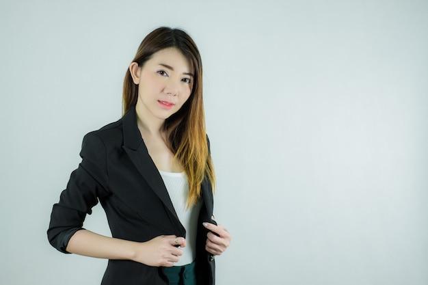Retrato da bela empresária asiática