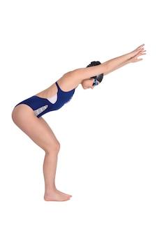 Retrato da menina do nadador no roupa de banho.