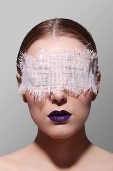 Retrato da moda de uma mulher