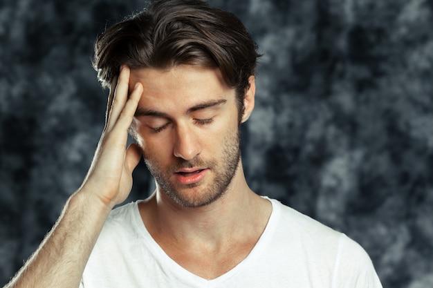 Retrato, de, a, cansado, triste, homem