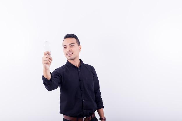 Retrato, de, asians, feliz, bonito, homem jovem, dress-up, em, pretas, t-shirt