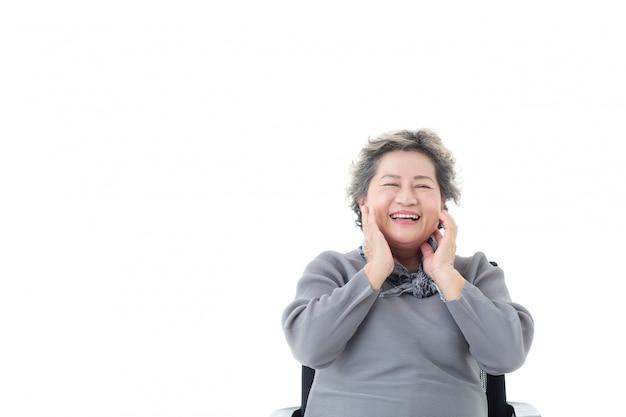 Retrato, de, asiático, mulher sênior, sendo, feliz, isolado