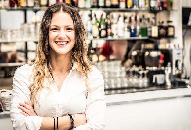 Retrato de barman Foto Premium