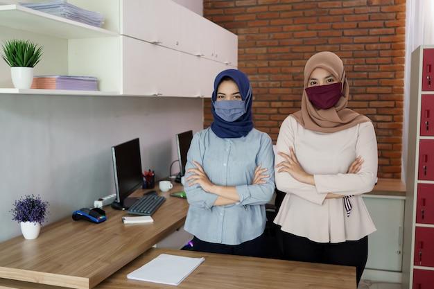 Retrato de belas mulheres muçulmanas