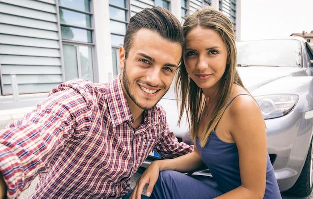 Retrato de casal bem sucedido