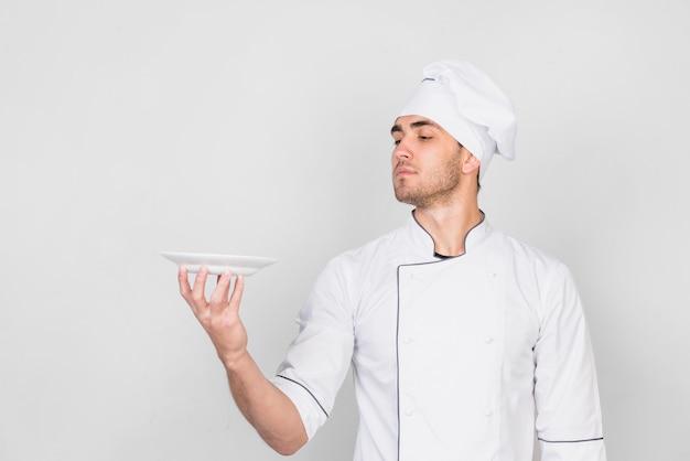 Retrato, de, cozinheiro chefe, com, prato