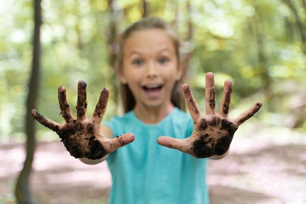 Retrato de criança na natureza