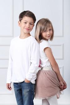 Retrato de crianças felizes