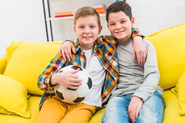 Retrato, de, dois meninos, casa